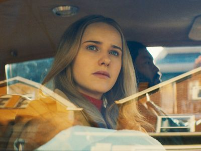 """Rachel Brosnahan (<em>The Marvelous Mrs. Maisel</em>) stars as a housewife on the run in Julia Hart's <em>I'm Your Woman</em>, screening online via the <a href=""""https://www.thestranger.com/events/44942279/chicago-international-film-festival"""">Chicago International Film Festival</a> and LA's <a href=""""https://www.thestranger.com/events/44945090/afi-fest"""">AFI Fest</a>."""