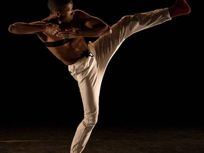 """Don't miss the chance to see PNW dancers enliven modern, contemporary, urban, jazz, and ballet pieces at the 13th annual <a href=""""https://everout.com/stranger-seattle/events/men-in-dance/e35195/"""">Men in Dance</a> festival, kicking off online this weekend."""