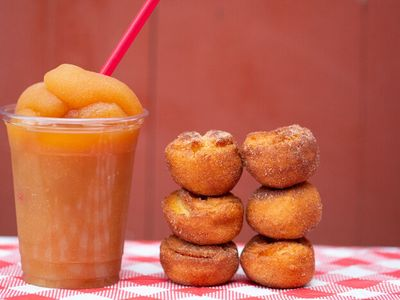 "<p class="""">During <a href=""https://everout.com/portland-mercury/locations/oregon-heritage-farms/l30655/"">Oregon Heritage Farms</a>' happy hour (weekdays from 3-5 pm or all day online), you can get a half dozen apple cider donuts and an apple cider slushie for $5.</p>"