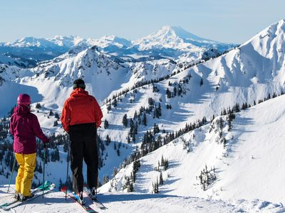 """Snow-sport season is a go at Washington State's largest ski resort, <a href=""""https://everout.thestranger.com/locations/crystal-mountain-resort/l13486/"""">Crystal Mountain</a>. If you don&rsquo;t have lift tickets for the weekend, read on for more things to do."""