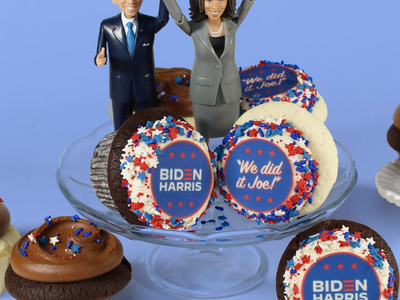"""Pick up some themed packs of cupcakes from <a href=""""https://everout.com/stranger-seattle/search/?q=cupcake%20royale"""">Cupcake Royale</a> to usher in the Biden/Harris administration."""