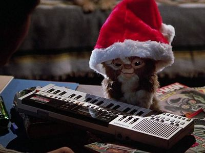 """Catch one of the cutest scary holiday movies, <em><a href=""""https://everout.thestranger.com/movies/gremlins/A14377/"""">Gremlins</a></em>, at Cinerama's <a href=""""https://everout.thestranger.com/festivals/holiday-film-series-2019/A24240/"""">Holiday Film Series 2019</a>."""