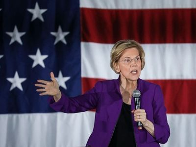 """Right after the Nevada caucuses on Saturday, Democratic presidential candidate Elizabeth Warren will <a href=""""https://www.thestranger.com/events/42894053/rally-with-elizabeth-warren"""">rally for her campaign</a> at Seattle Center."""