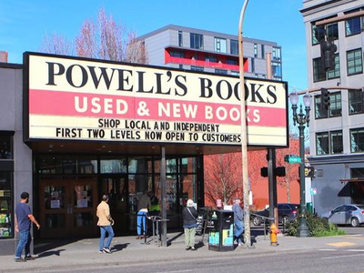 "Shop from <a href=""https://everout.com/portland-mercury/locations/powells-city-of-books/l27797/"">Powell's</a> Green, Blue, Orange, Rose, Purple, Red, Gold, and Coffee rooms in the flesh, or continue ordering online for curbside pickup and delivery."