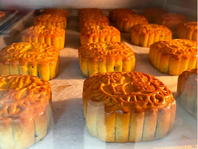 Where to Find Mooncakes for the 2021 Mid-Autumn Festival in Seattle
