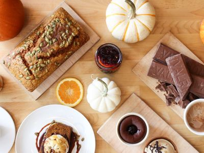 """Cozy up with a cornucopia of fall treats at <a href=""""https://everout.com/seattle/search/?q=hot%20cakes"""">Hot Cakes</a>."""